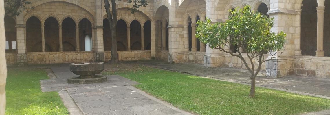 Claustro-de-la-catedral-de-Santander