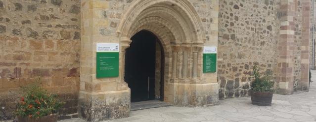 La Puerta del Perdón. Monasterio de Santo Toribio de Liébana.
